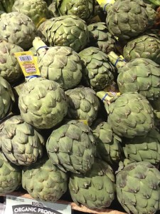 artichokes display